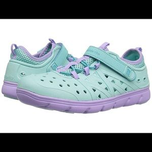 Stride Rite Made 2 Play Phibian Water Play Shoes